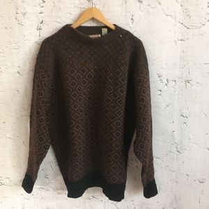 THE HEARTLAND WOOL BLACK BROWN SWEATER IV